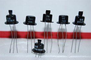 انواع مختلف ترانزیستور