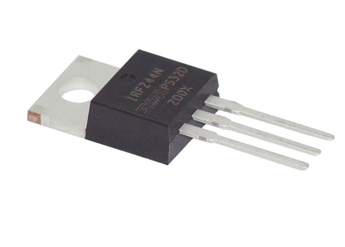 ترانزیستور MOSFET در برد الکترونیکی