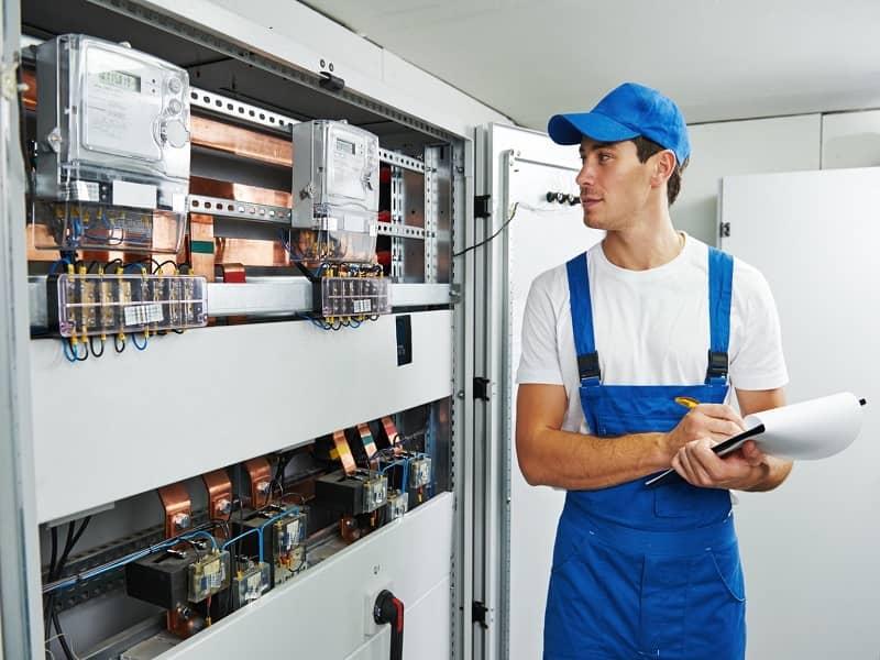 شغل-برق-کار-صنعتی